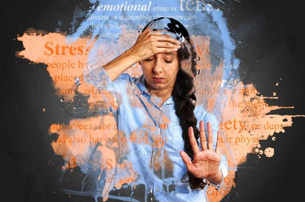 interessante online cursus, online cursus leren ontspannen, stress vrouw