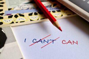 leer 2 eenvoudige oefeningen om je zelfvertrouwen te vergroten, je kunt het