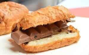 Je smaak in de overgang, broodje met chocola