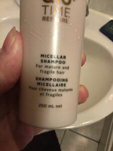 Shampoo; werkende ingrediënten bij grijs wordend haar, micellaire shampoo