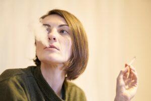 Rokende vrouw